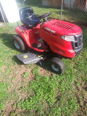 Troy built 42 inch. 17 horse kohler engine. Great mower. Needs new blades for Sale in Seffner, FL