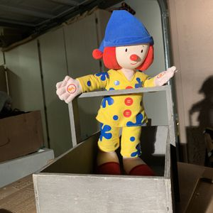 Fun Stuffed Clown 🤡 If Xmas Is Tight For Your Kid Pm Me for Sale in Peoria, AZ