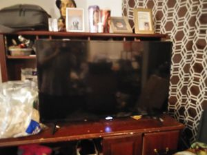TCL roku tv for Sale in Rossville, GA