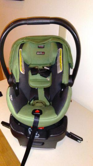 Britax b-safe 35 car seat for Sale in Orange City, FL