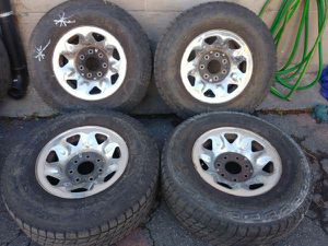 7 lug f150, or f250 ford rims. 16 inch chrome rims and good tires for Sale in Montebello, CA