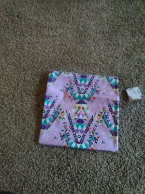 Purple clutch for Sale in Grand Island, NE
