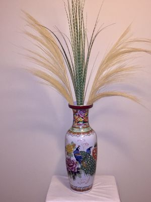 Oriental Decorative Peacock Vase for Sale in Hanover, MD
