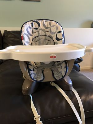 High chair for Sale in Oakdale, MN