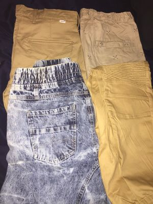 Brand Joggers SIZE M For Men ALL for Sale in Oxon Hill, MD