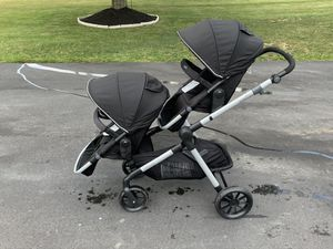 Evenflo pivot Xpand double stroller for Sale in Library, PA