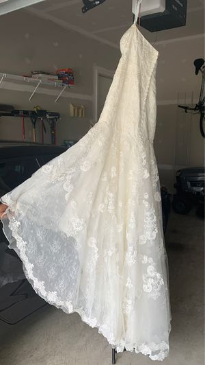 Wedding Dress for Sale in Triangle, VA