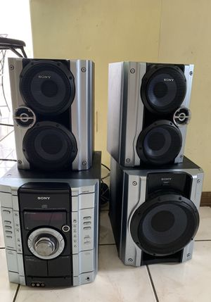 Sony Mhc-gx250 Hi-fi Stereo System 3cd Dual Cassette Tape Am FM Radio for Sale in Tampa, FL