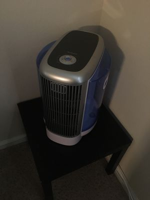 Brookstone air purifier for Sale in Westminster, CO