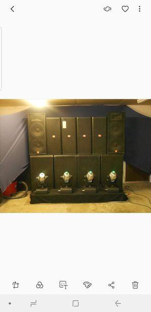JBL SRX 700 Y 4 QSC 5050 Equipo de sonido para grupo o banda incluye amplificadores for Sale in Modesto, CA