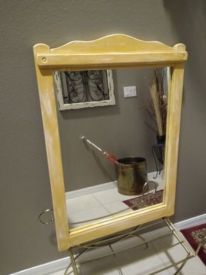Wall mirror for Sale in Lakeland, FL