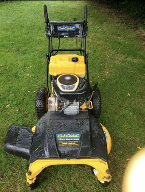 "Club Cadet 33"" Wide-Cut Lawn Mower for Sale in Temple Hills, MD"