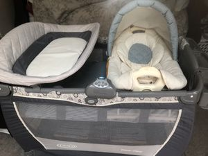 Graco pack and play for Sale in Seekonk, MA