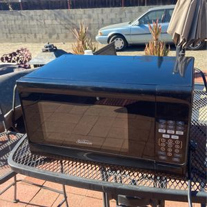 Microwave for Sale in Fontana, CA