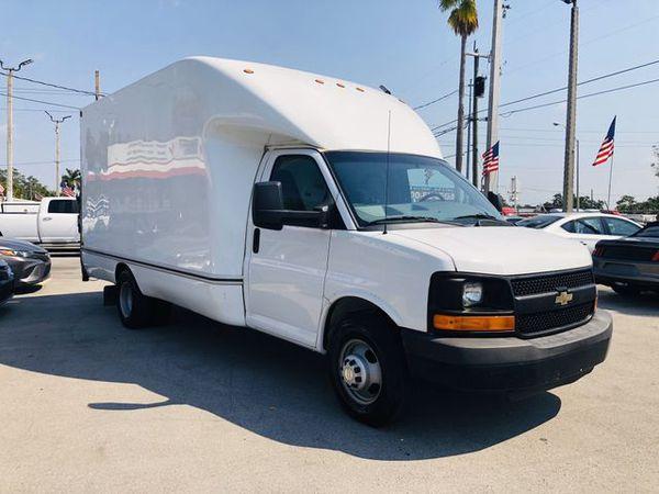 2012 CHEVROLET COMMERCIAL High Cube Van