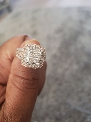 Rose Gold 14k 3carat dimond ring size 8 for Sale in Columbus, OH