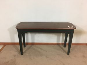 2 End tables for Sale in Sterling, VA