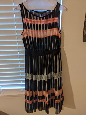Bcbg silk pleated dress for Sale in Indianapolis, IN