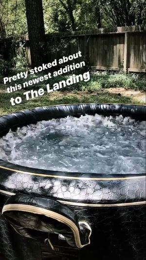Portable Luxury Spa Hot Tub for Sale in Spring, TX