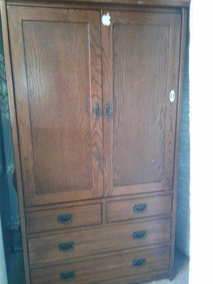 Wooden Dresser TV Cabinet for Sale in Fresno, CA