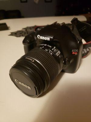 Canon Eos Rebel T3 for Sale in North Las Vegas, NV