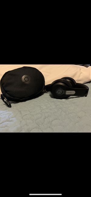 Nuevos beats wireeles 3 studio Bluetooth for Sale in Fresno, CA