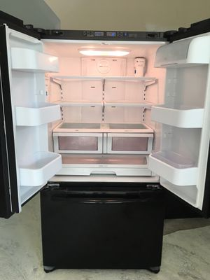 Black Samsung/Whirlpool set- like new for Sale in Austin, TX