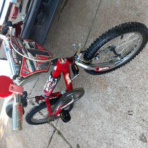Vendo bicicleta de niño de 4#6 años $30 for Sale in Arlington, TX