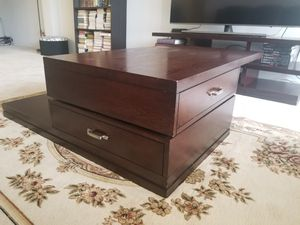 TV stand and coffee table for Sale in Rockville, MD