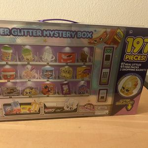 NEW Shopkins Real Littles Super Glitter Collector Box!!!!! 197 different Pieces for Sale in Tempe, AZ