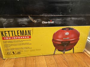 Kettleman Tru-infrared Charcoal grill for Sale in Washington, DC