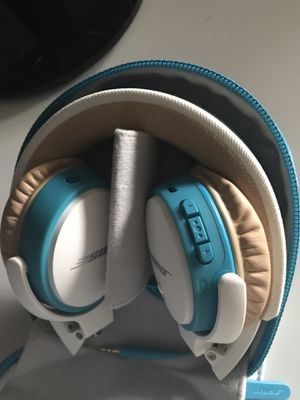 Bose wireless headphones for Sale in Los Altos Hills, CA