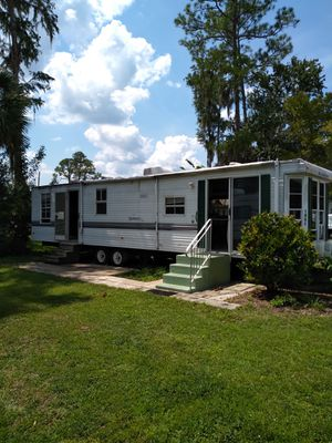 1998 40ft travel trailer two slides $5500 for Sale in Heathrow, FL