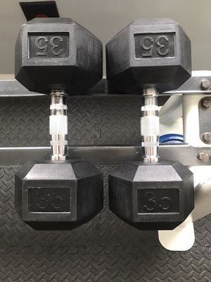 35lb Rubber Hex Dumbbell Pair for Sale in Belmont, NC
