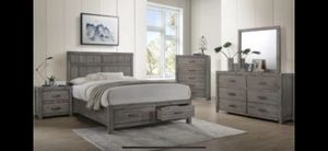 Grey 4 pc bedset 🎈🎈🎈🎈 for Sale in Fresno, CA