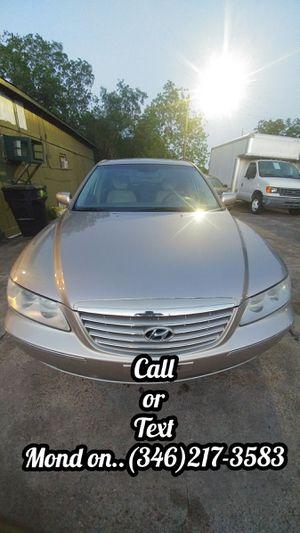 2007 Hyundai Azera & 2008 Ford Taurus SUV for Sale in Houston, TX