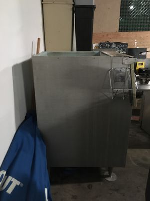 Ice machine for Sale in Tacoma, WA