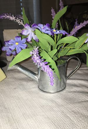 Small metal silver pot with artificial flowers brand new for Sale in Apopka, FL
