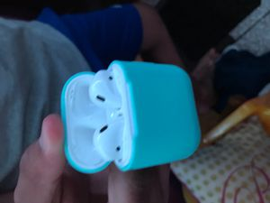 AirPods gen 2 for Sale in Chicago, IL