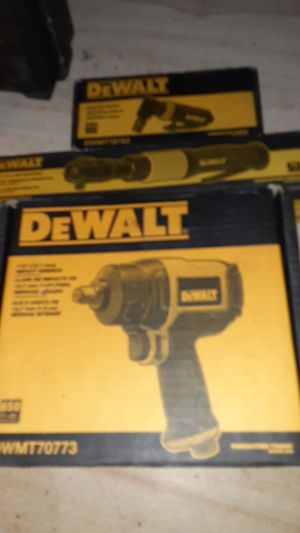 Air impact wrench 1/2. 3/8. for Sale in North Highlands, CA