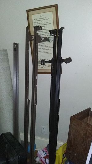 Metal bed frames. Fits queen, full or twin. @25 a set! for Sale in High Point, NC