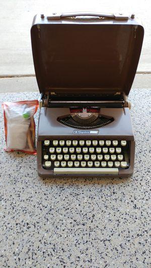 """Antique """"Signature"""" Typewriter for Sale in Yorba Linda, CA"""