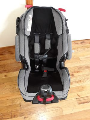 VERY NICE BIG CAR SEAT WITH ADJUSTABLE SEAT AND BACK SUPPORT VERY COMFORTABLE FOR SALE for Sale in Bellevue, WA