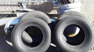 Toyota Tacoma tires for Sale in Victorville, CA