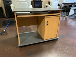 Desk for Sale in Forest Park, GA
