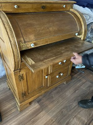 Office antique roll top desk for Sale in Fresno, CA