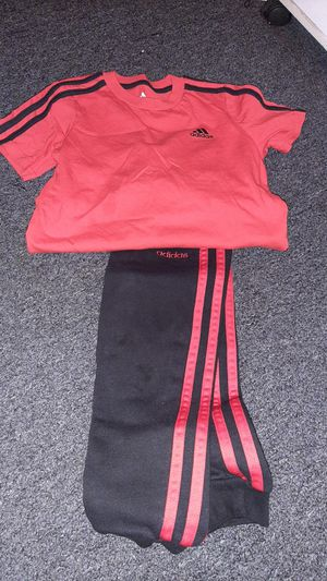 Kids Adidas set for Sale in Long Beach, CA