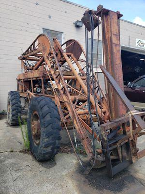 Lull Forklift - Model 400 for Sale in Norfolk, VA