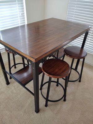 Rustic Bar Height Table with Four Stools for Sale in Centreville, VA