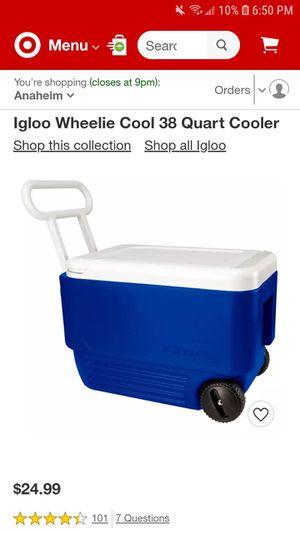 Igloo wheelie 38 quart cooler for Sale in Anaheim, CA